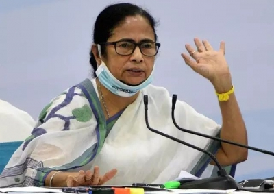 WB CS deputed to New Delhi : I am ready to touch your feet - Mamata